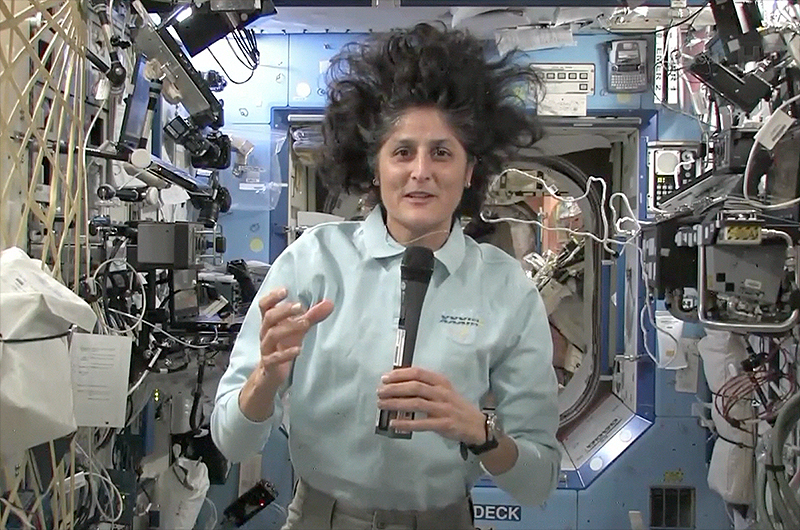 sunny williams space station - photo #8