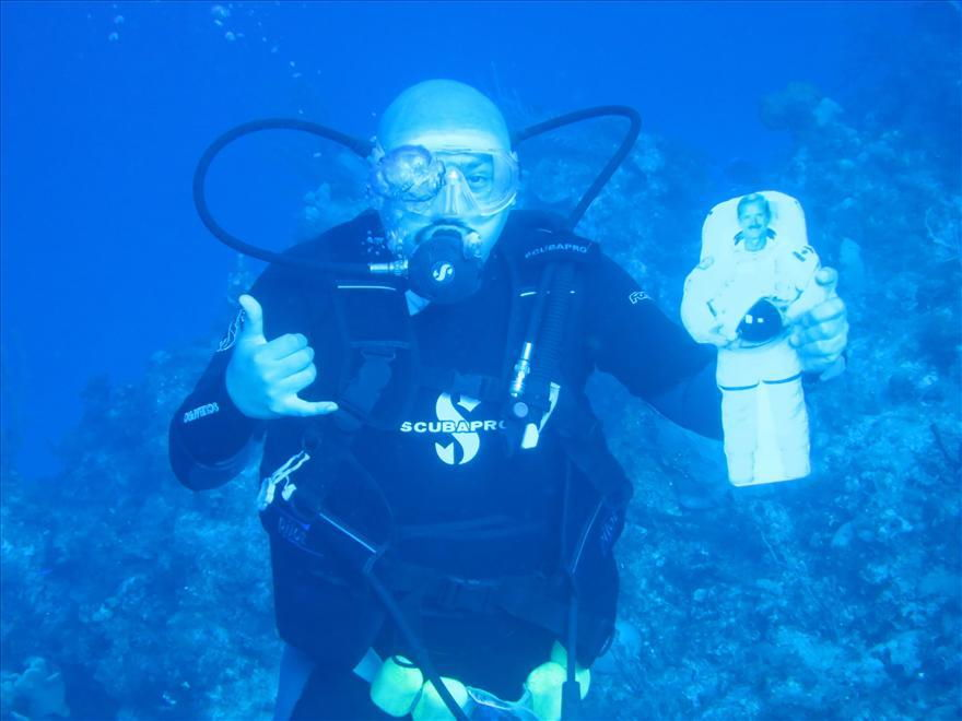 Chris Hadfield Underwater in the Bahamas