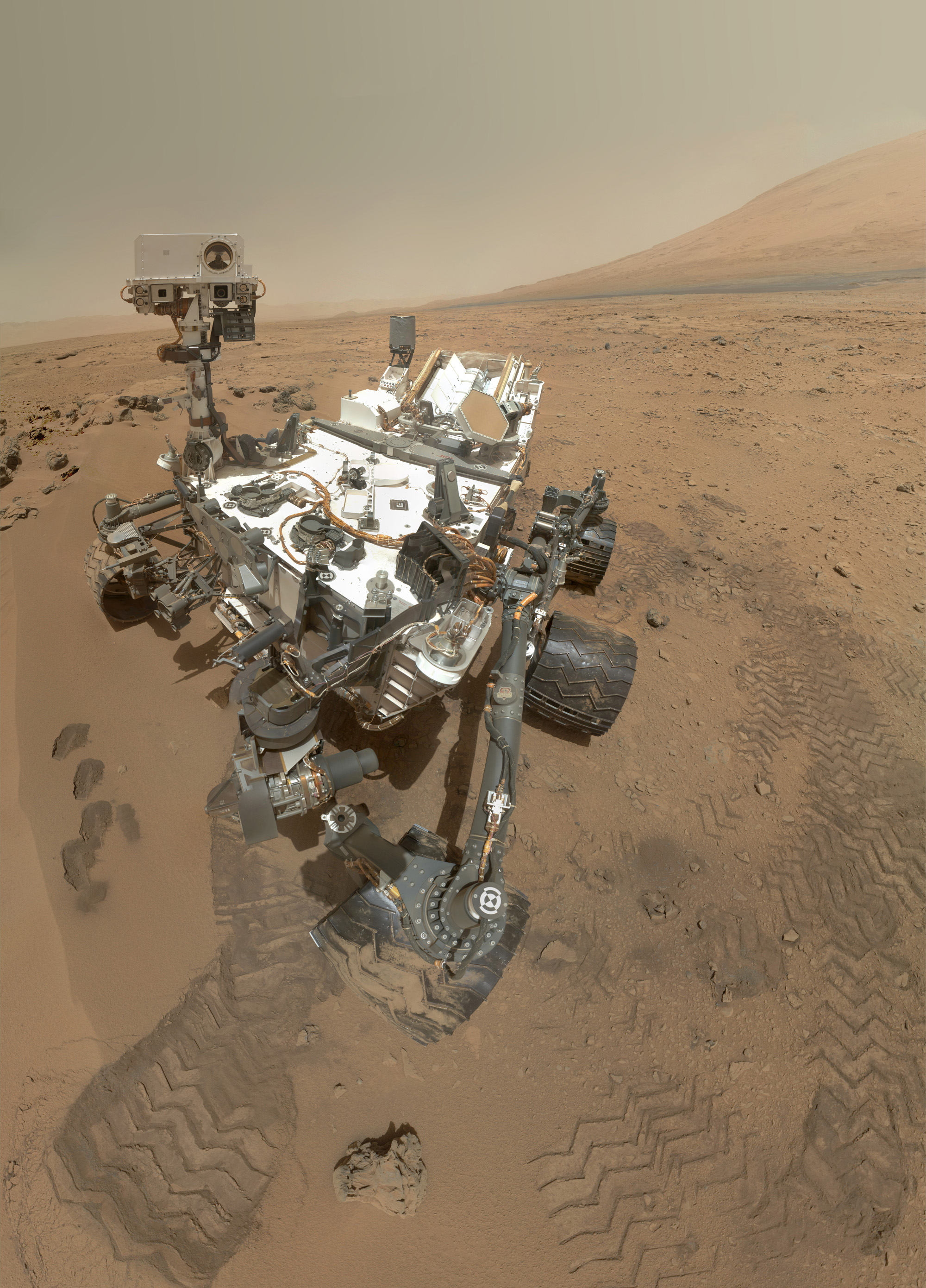Curiosity Rover's Hi-Res Self-Portrait