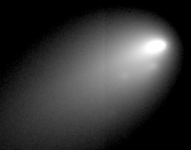 Comet Breaks Apart Before Astronomers' Eyes