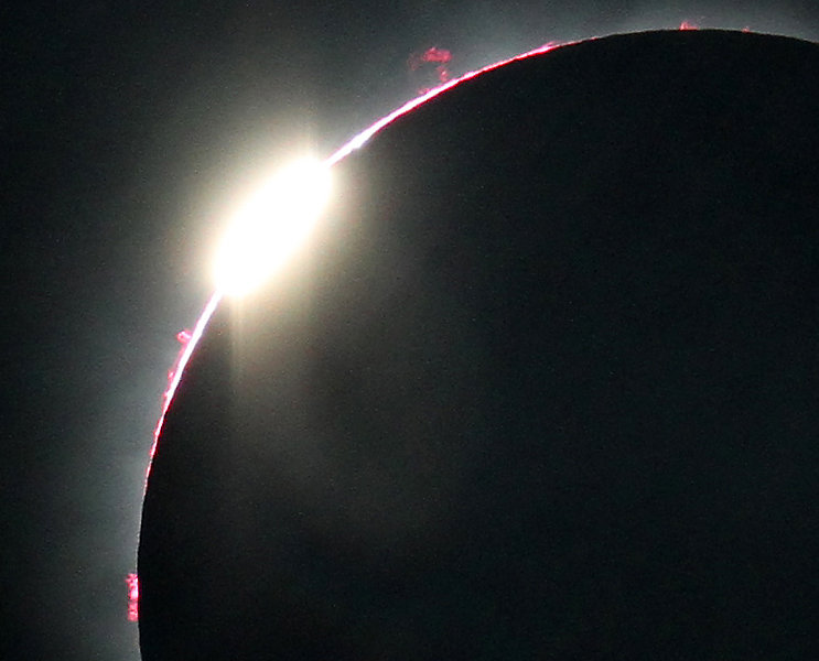 Total Solar Eclipse: 2nd Diamond Ring Close-Up