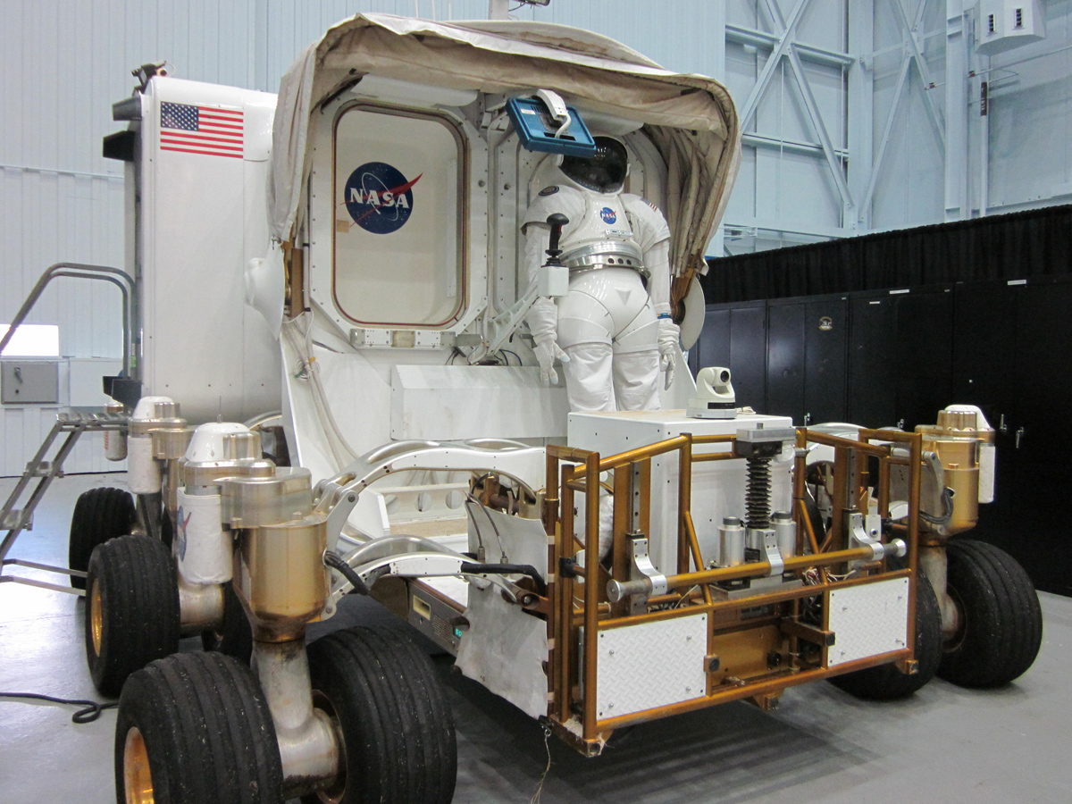 NASA's SEV: Spacecraft For Asteroid Missions Revealed (Photos)