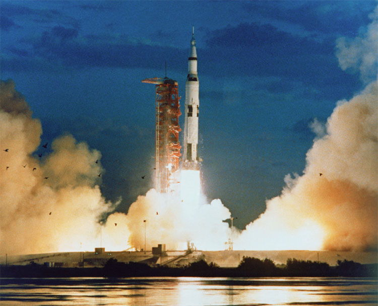 NASA's Gutsy First Launch of the Saturn V Moon Rocket