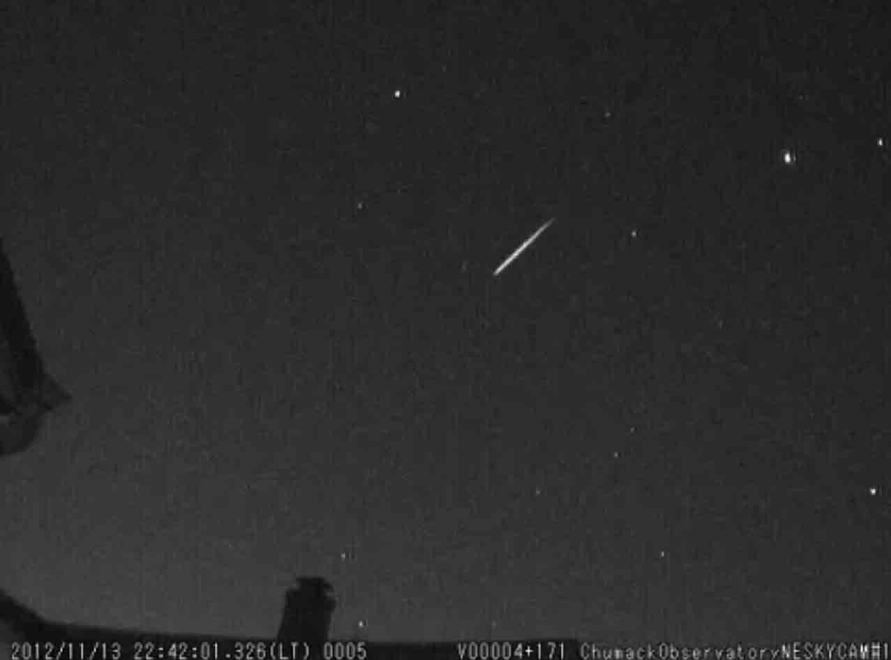 Early 2012 Leonid Meteors