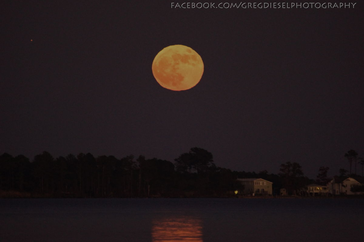 Moonrise and Jupiter over Currituck, NC
