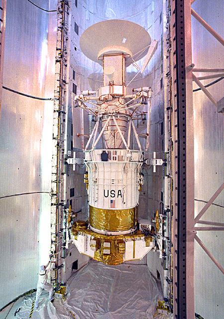 Space History Photo: Magellan Preparations