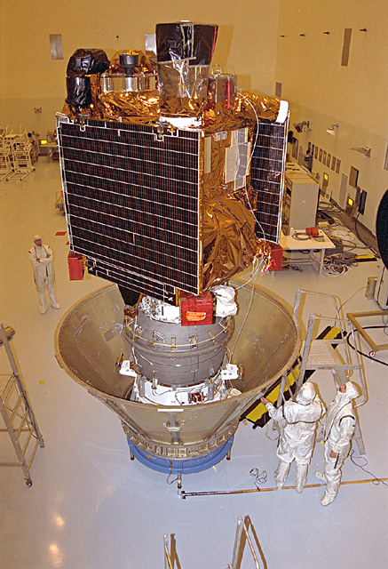 Space History Photo: Mars Global Surveyor Spacecraft
