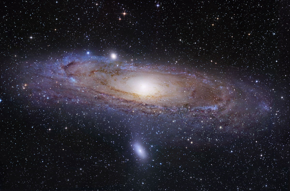 Cosmic Pancake Spotted Around Andromeda Galaxy