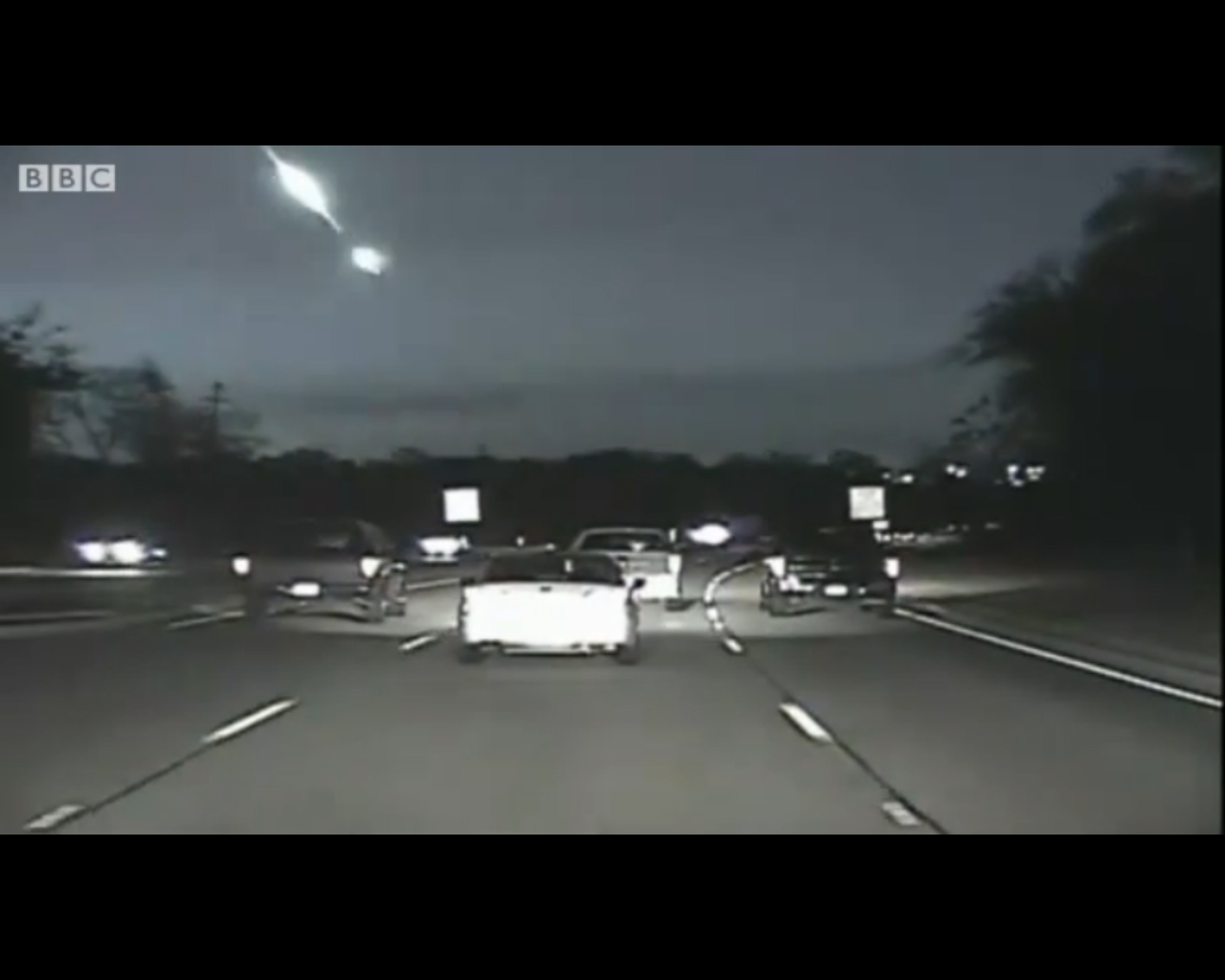 Bright Fireball Over Texas Caught on Video