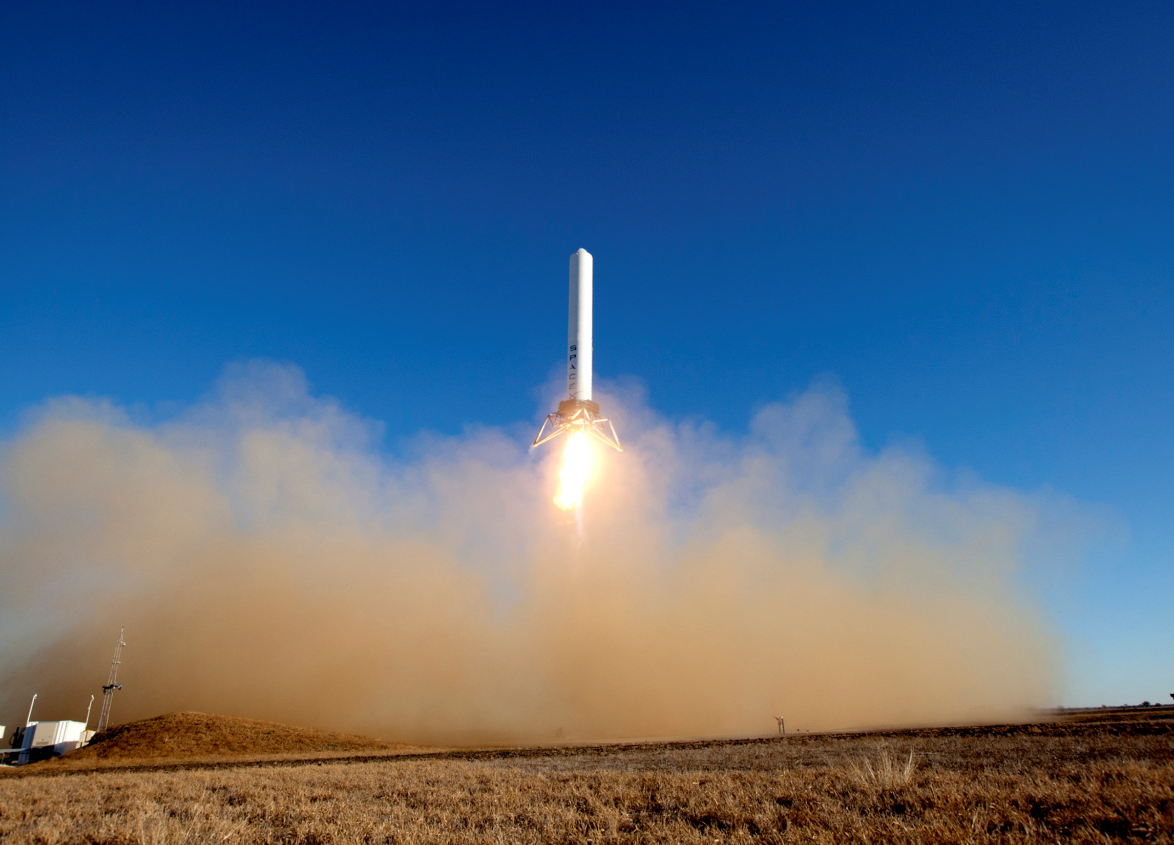 SpaceX's Experimental Grasshopper Rocket Makes 3rd Test Hop