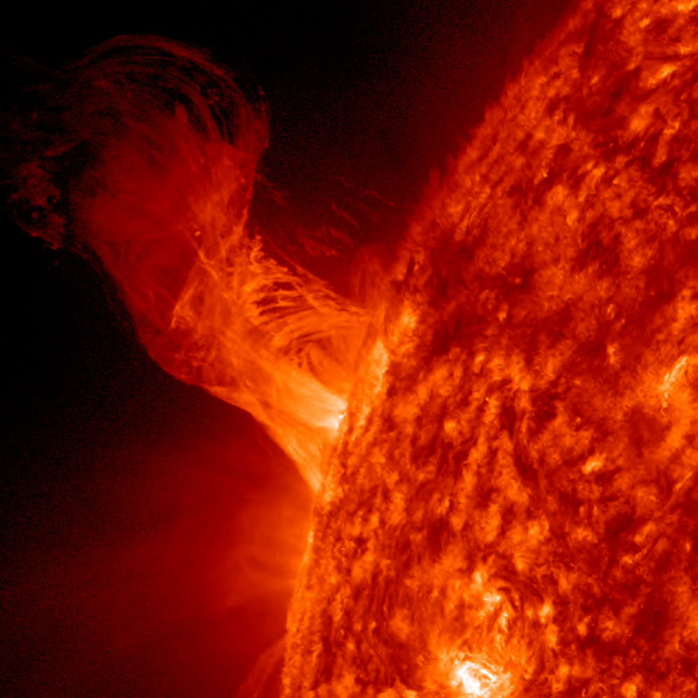 Stunning Photos of Solar Flares & Sun Storms