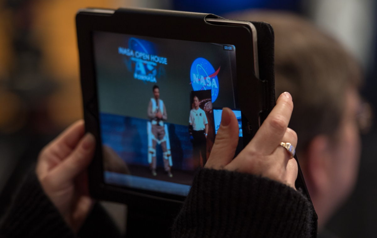 Tablet User Records NASA Open House