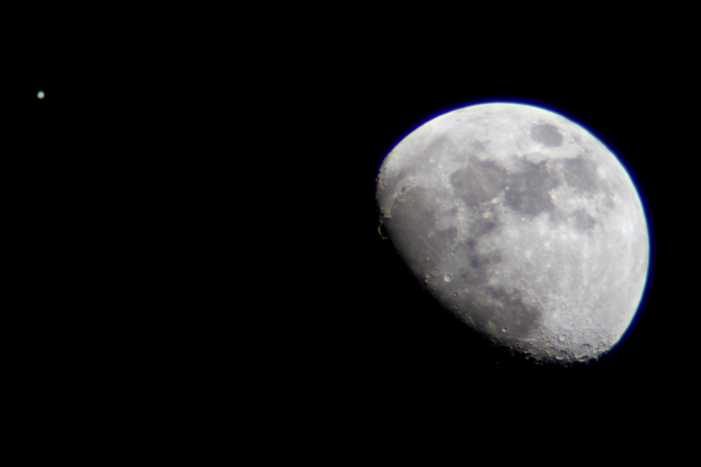 Jupiter Near the Moon over L.A.: Matt Hartman