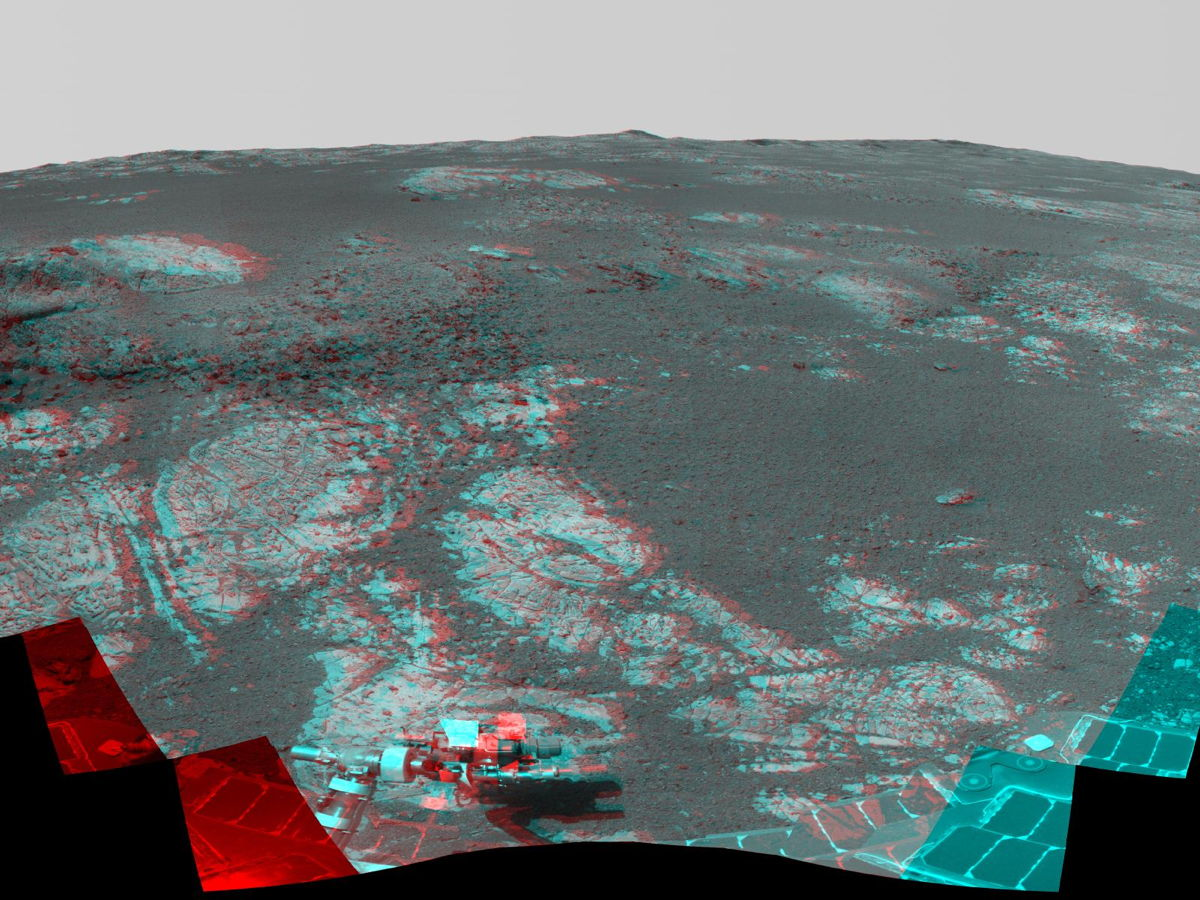 Mars 'Matijevic Hill' Panorama (Stereo)
