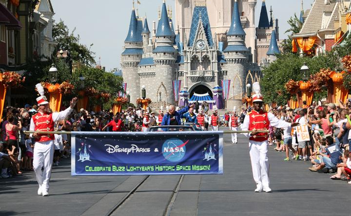 Buzz Lightyear Parade
