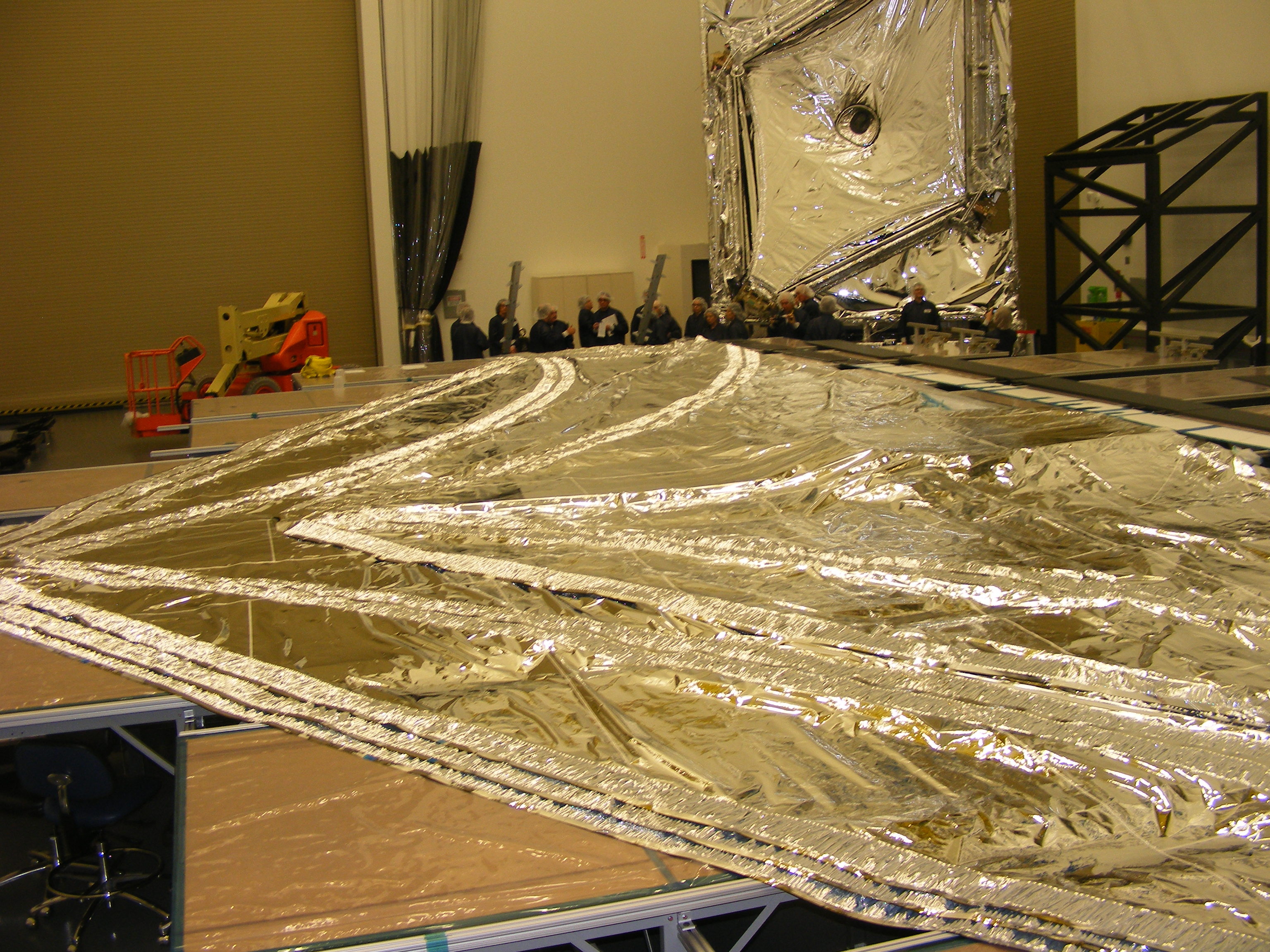 The Sunshield of JWST