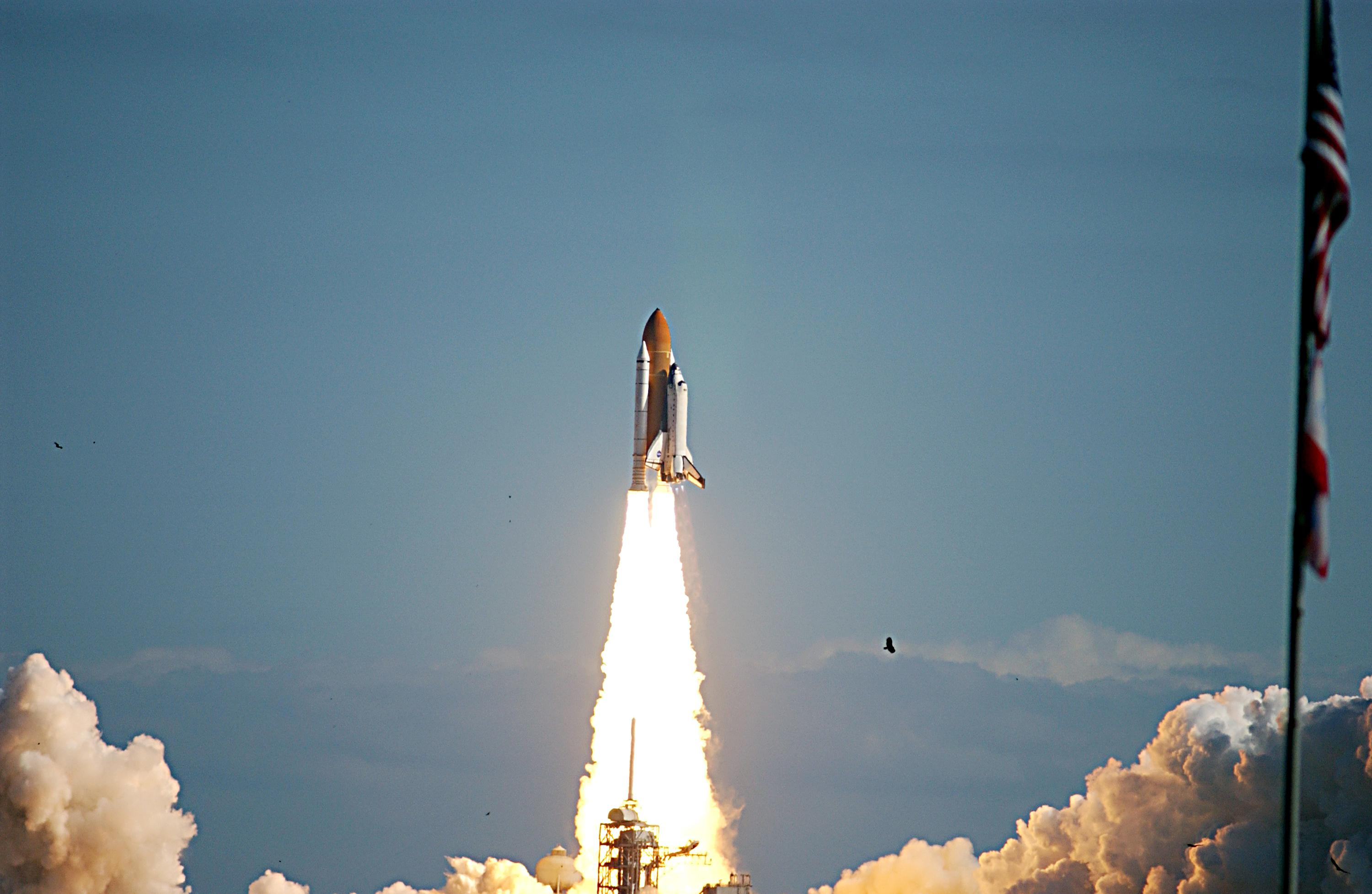 Image Gallery sts 107 launch
