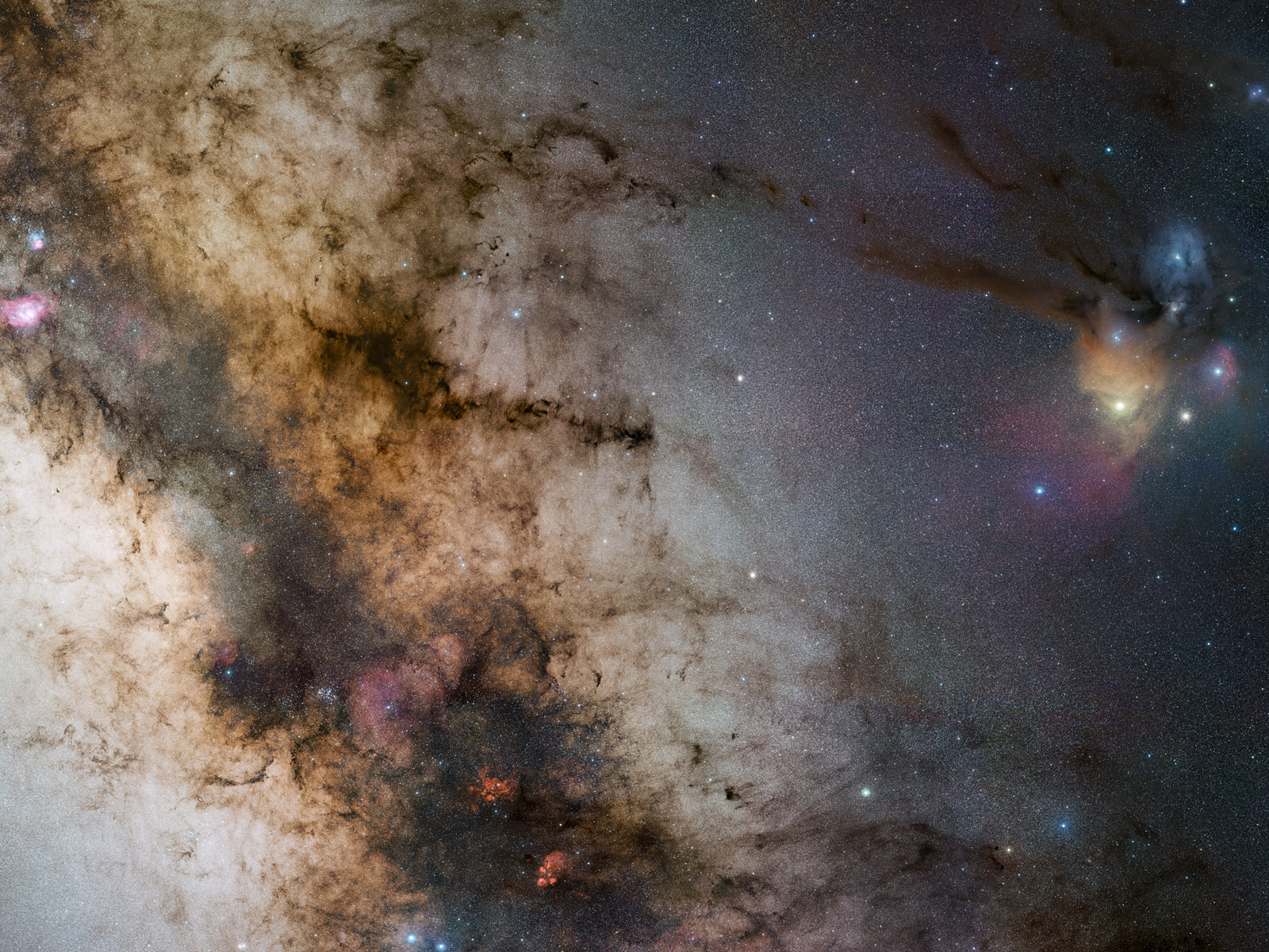 340-million pixel starscape from Paranal 1600