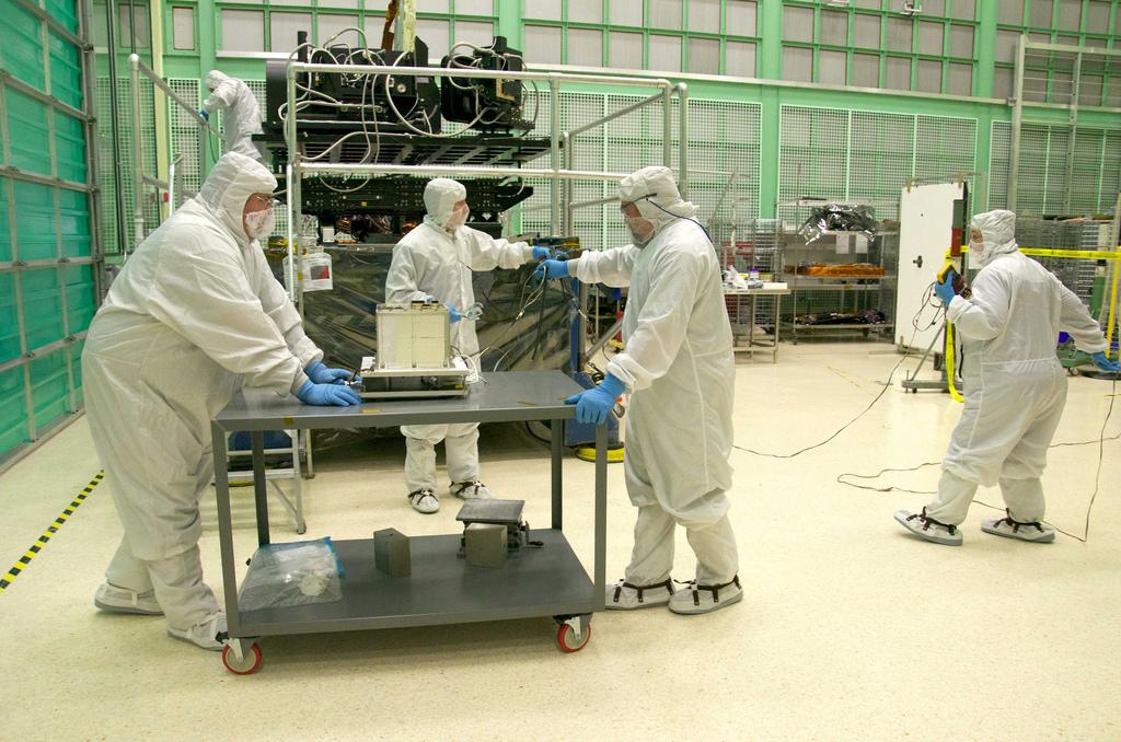 Assembly of Landsat TIRS Instrument