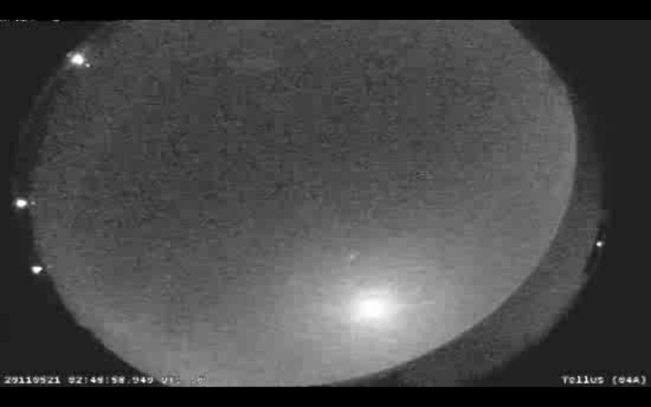 Piece of Comet Creates Bright Streak