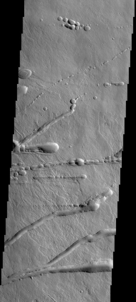 Volcanoes Cross the Martian Surface