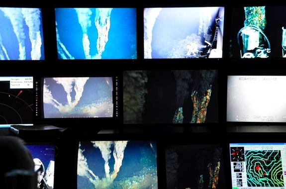 Several views of a deep-sea vent system, as seen by the robotic submersible Jason.