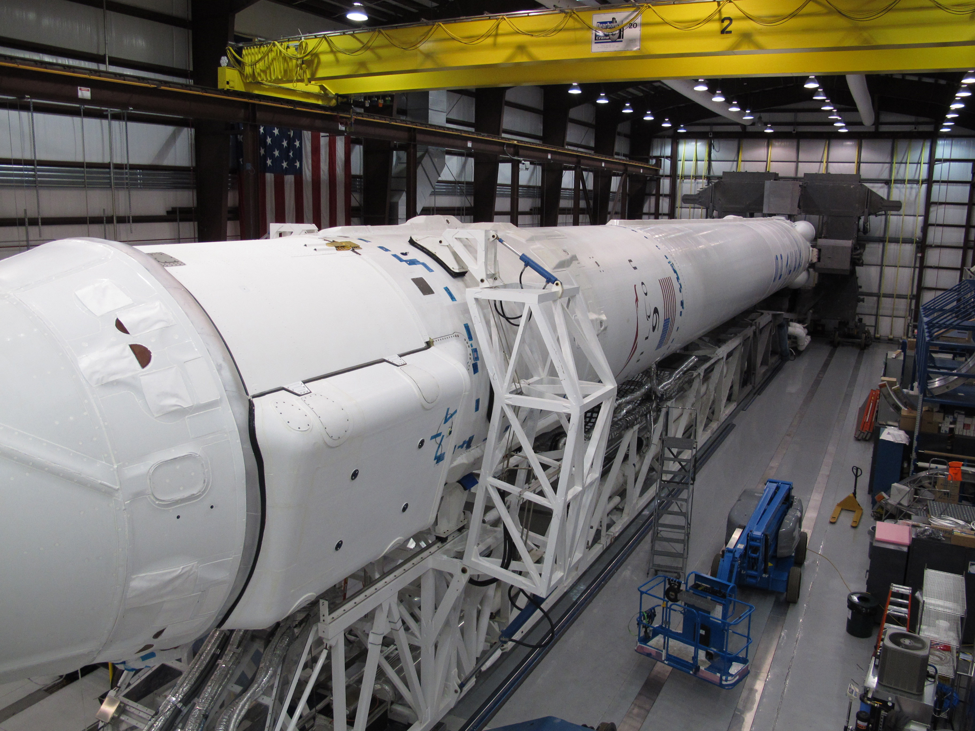 SpaceX Falcon 9 Rocket Mated for Launch: CRS-2