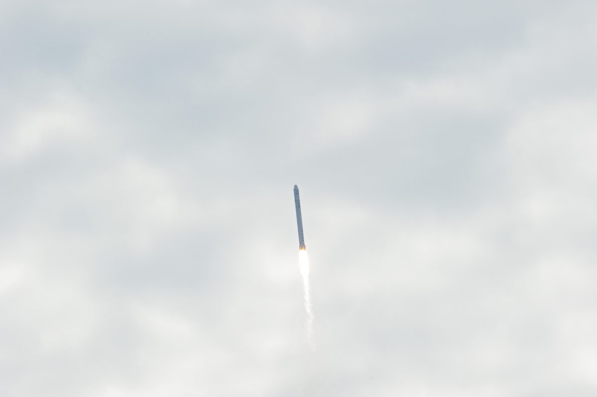 SpaceX's Falcon 9 Flies Up to the Clouds