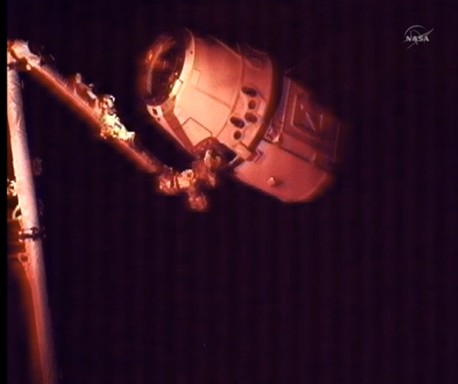 SpaceX Dragon in Darkness: CRS-2