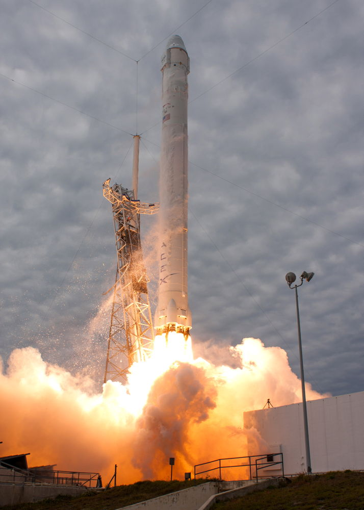 Falcon 9 SpaceX CRS-2 Launch