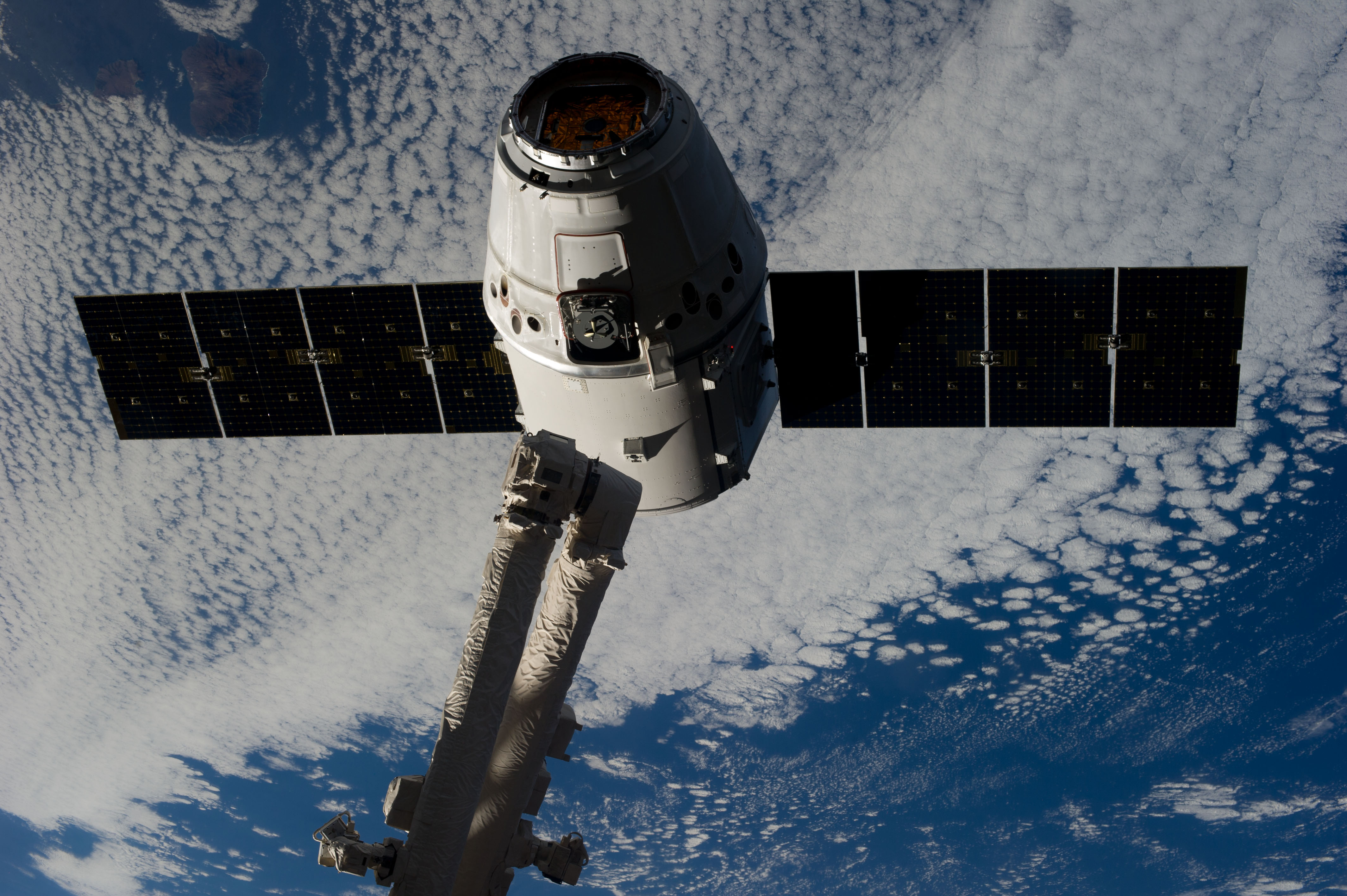 SpaceX Up Close In Space