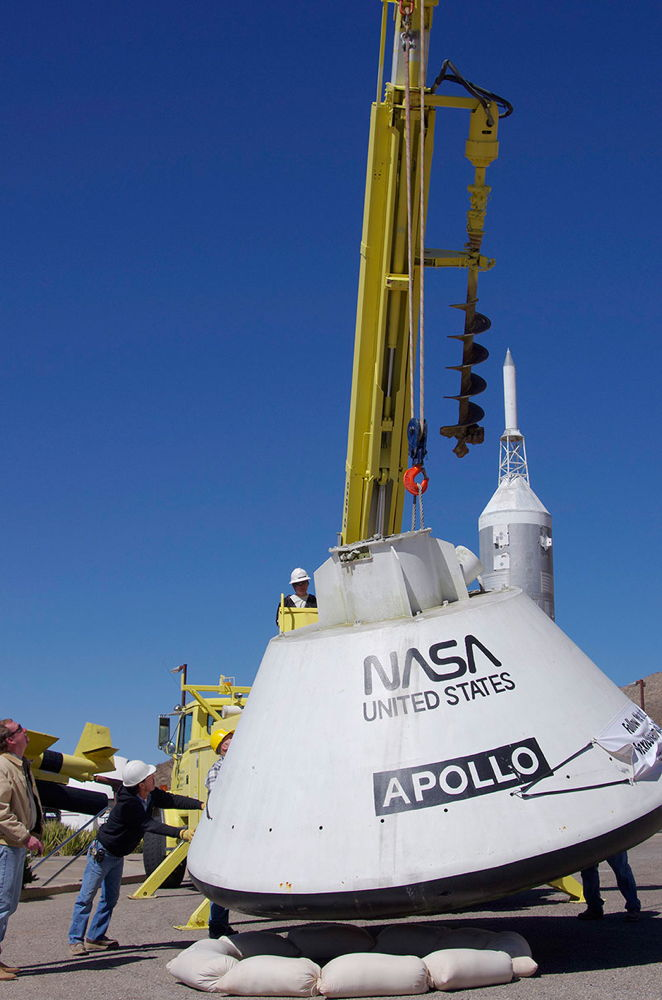 Apollo Capsule Lands at New Mexico Space Museum