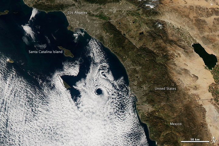 Space Snapshot Reveals California's Catalina Eddy
