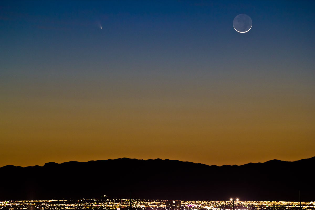 Moon and Comet Pan-STARRS Over Las Vegas