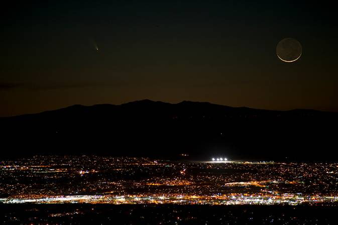 Comet Pan-STARRS Over Albuquerque, NM