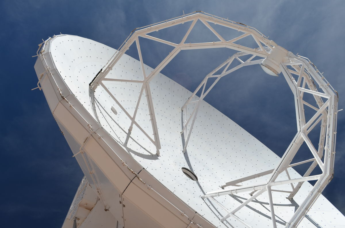 ALMA 40-Foot-Wide Radio Antenna