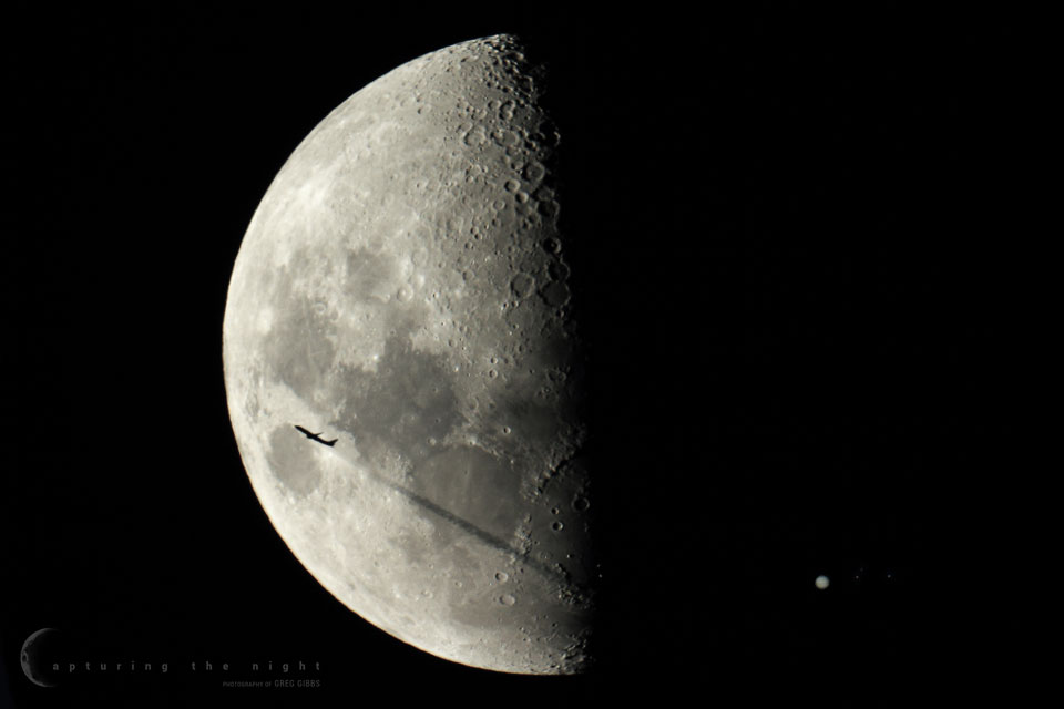Plane Moon Jupiter and Jupiter Moons Gibbs