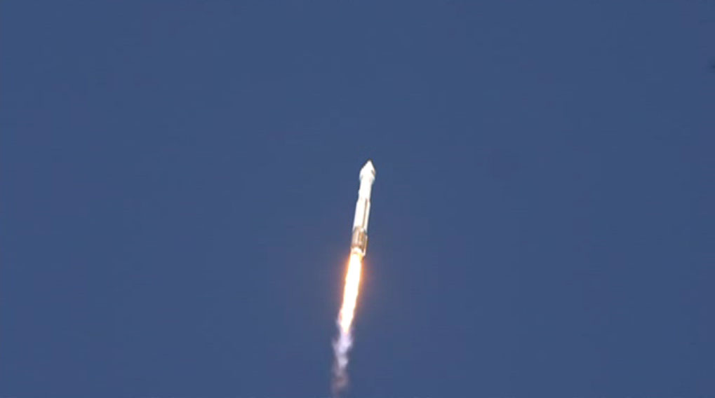Atlas 5 Rocket Ascends with SBIRS GEO-2