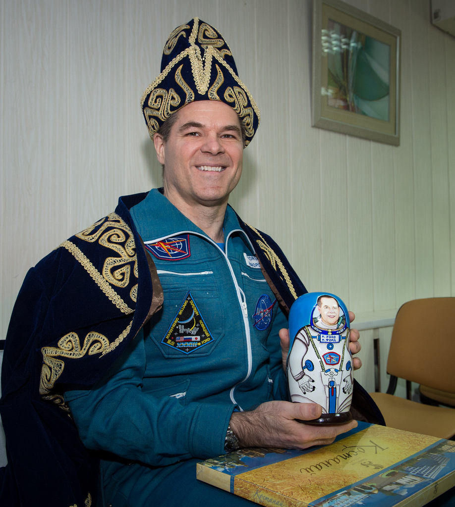 Astronaut Kevin Ford With Welcome Home Gifts