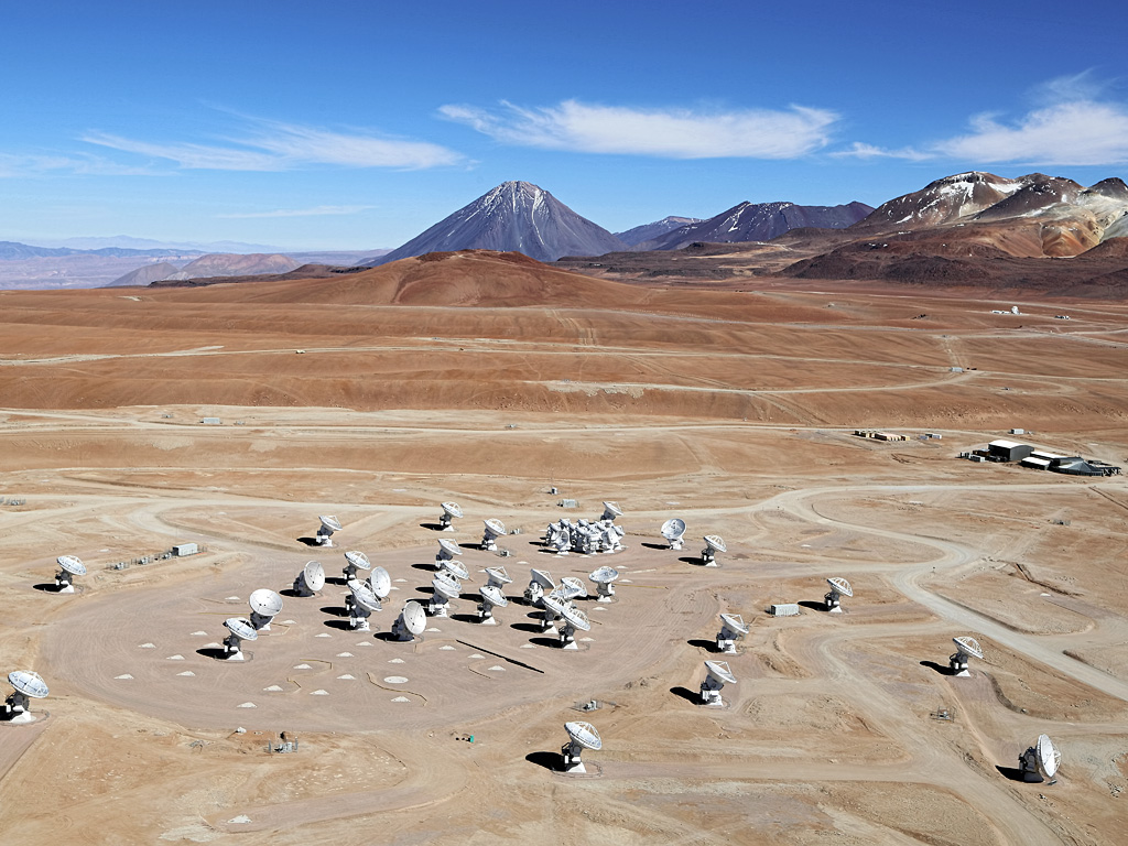 ALMA: Large Array Looks Through Dust To See Starbirth