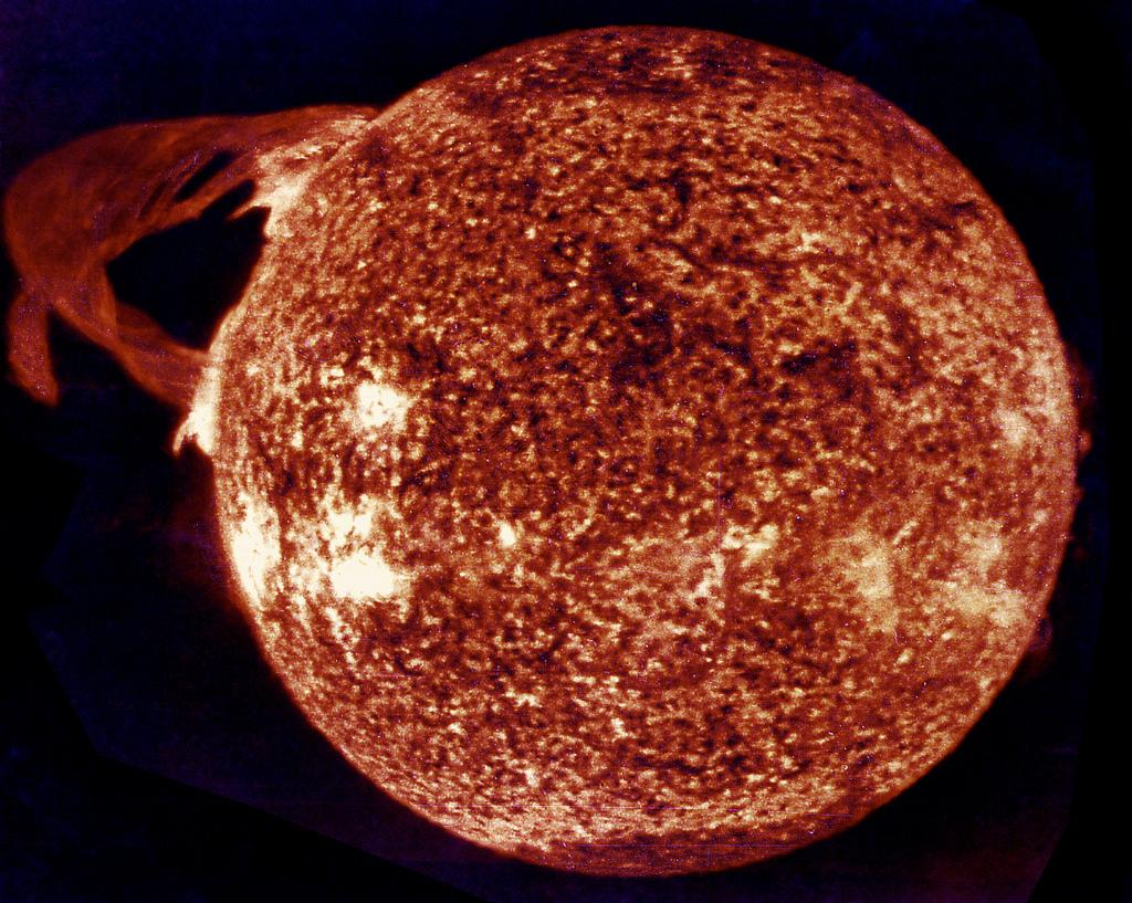 Massive Solar Flare, Skylab Telescope