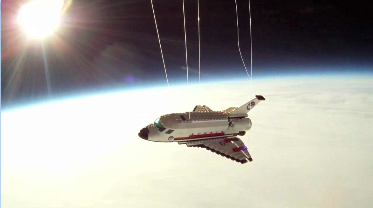 LEGO Space Shuttle in Stratosphere