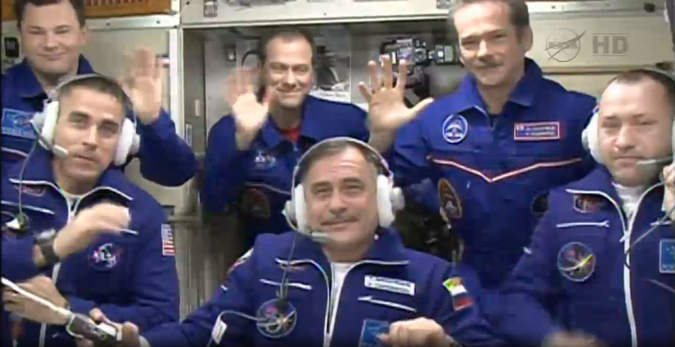 Expedition 35 Crew: All Together Now