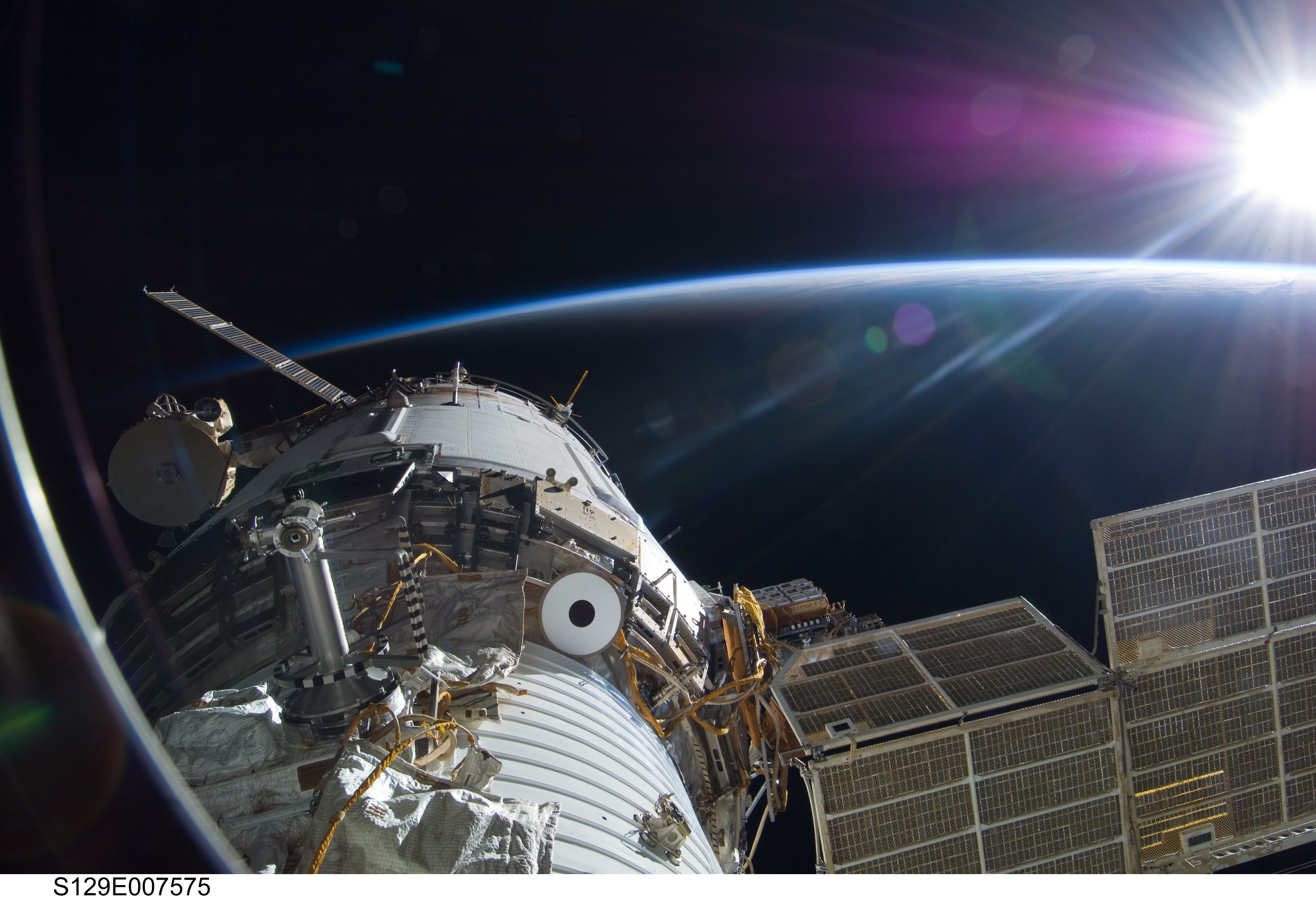 3D-Textured Solar Cells Will Be Tested in Space