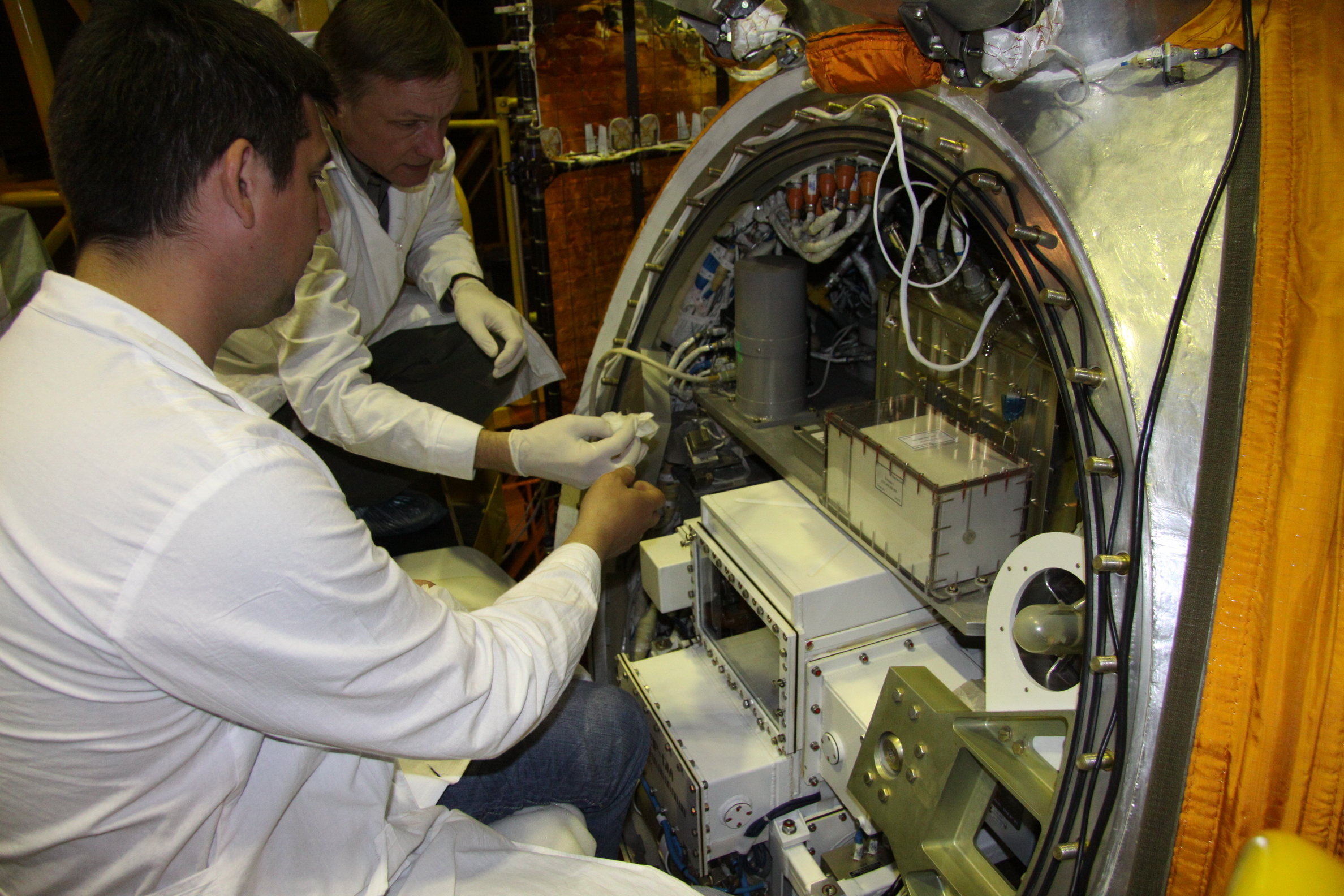 Bion-M1 Spacecraft Final Checks
