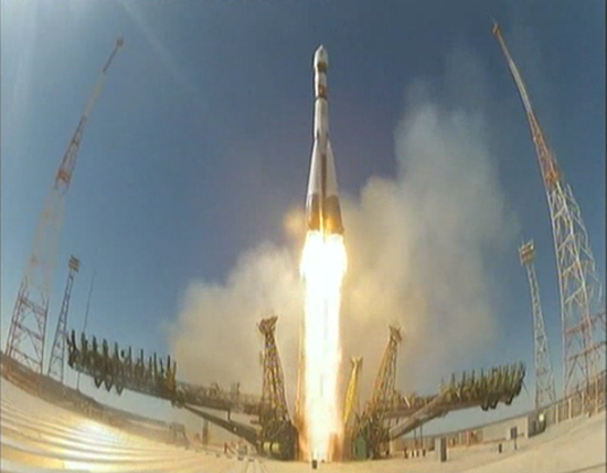 A Russian Soyuz rocket launches the Bion-M1 animal-carrying space capsule into orbit from Baikonur Cosmodrome, Kazakhstan on April 19, 2013.