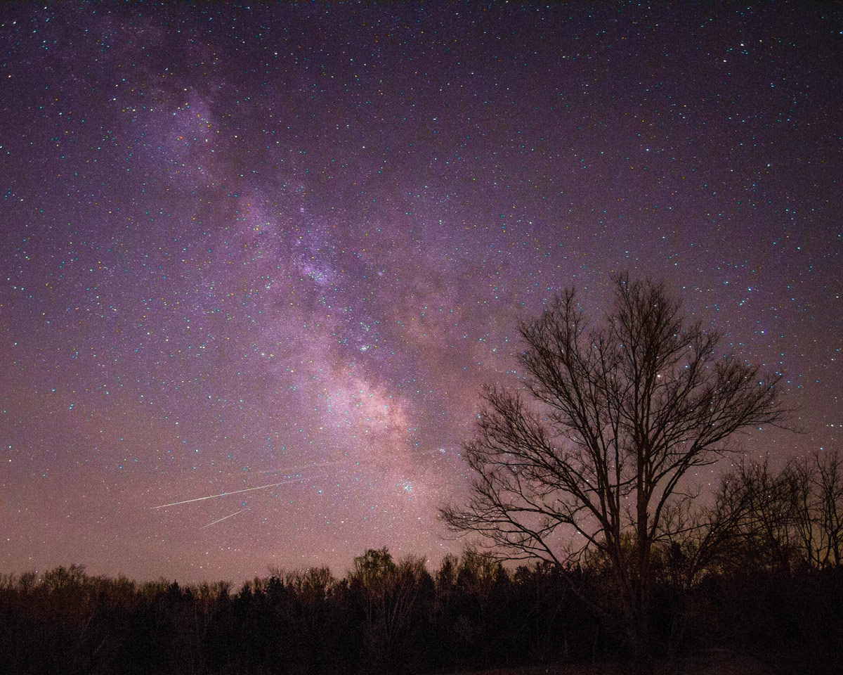2013 Lyrid Meteors Over New Haven, Missouri