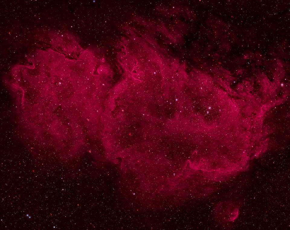 Soul on Fire: Stargazer Snaps Amazing Nebula Photo