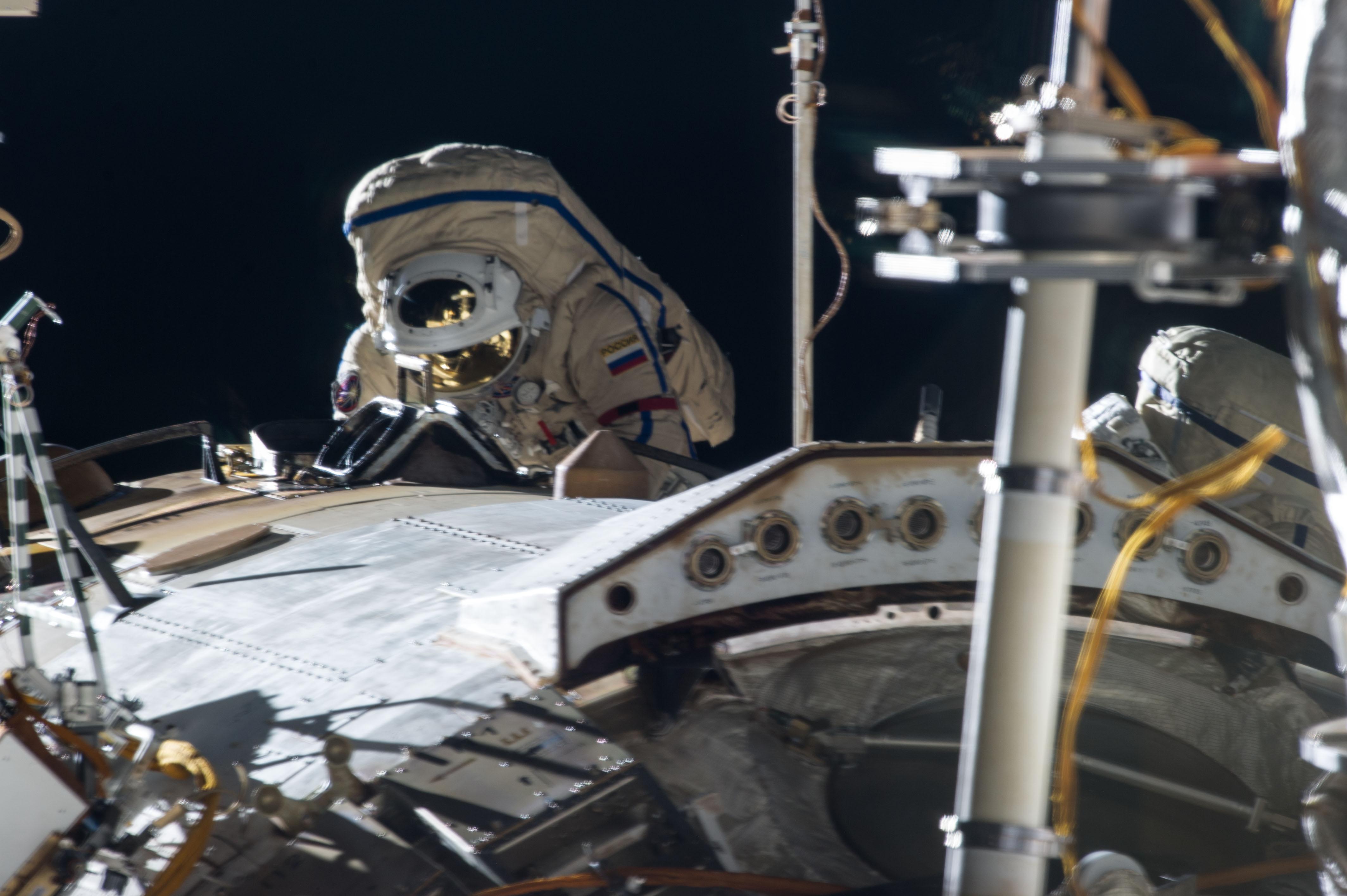 Expedition 35 Russian Cosmonaut Pavel Vinogradov on Spacewalk