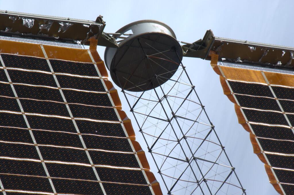 'Bullet Hole' in ISS Solar Array
